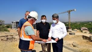 Vali Baruş, Deprem Konut Projelerini İnceledi