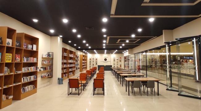 MalatyaPark AVM Kütüphanesi Okurlarıyla Buluşuyor