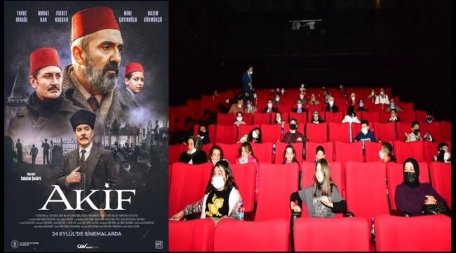 Vali Baruş Öğrencilerle 'Akif' Filmini Seyretti