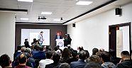 Büyükşehir Belediyesi Personeli İngilizce Öğreniyor